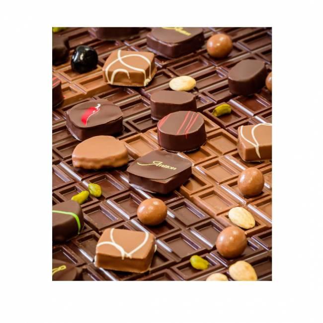 Boîte de chocolats fins...